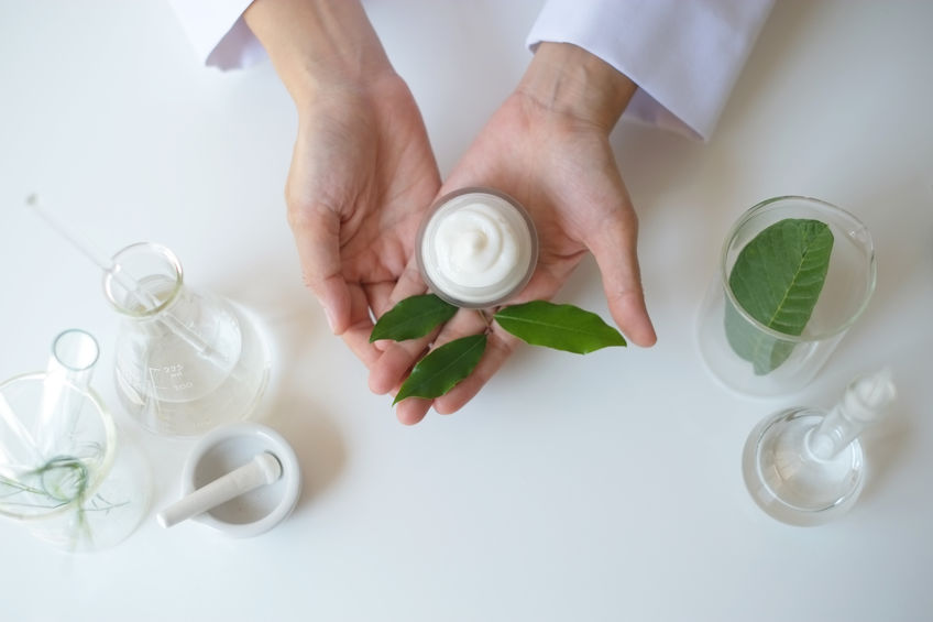 e3 shares four essential aromatherapy safety tips to keep your DIY products free of contamination and spoilage.